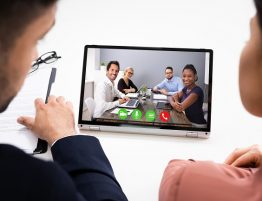 3 Essential Facts That You Need to Know about Hybrid Meetings